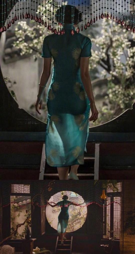 200fb91fd0064fb9a0b3cec8f7d1f71c?from=pc - 穿上旗袍的女明星们究竟有多撩?身材好不好一看便知