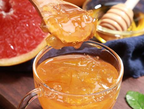 蜂蜜柚子茶做法 女人隔三差五吃一次补充维C还补维E