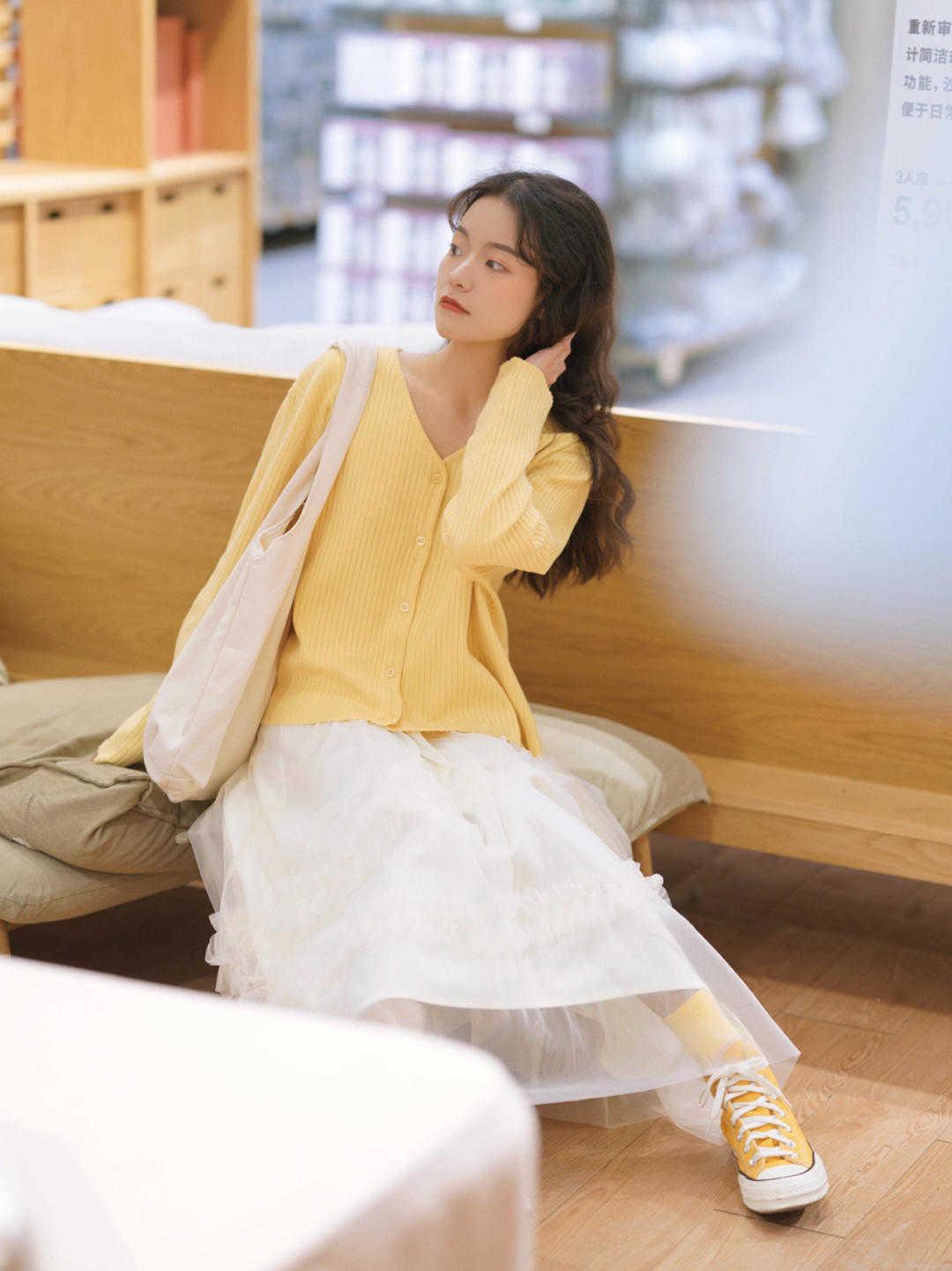 皮肤黄适合穿这6个颜色,穿什么颜色显白