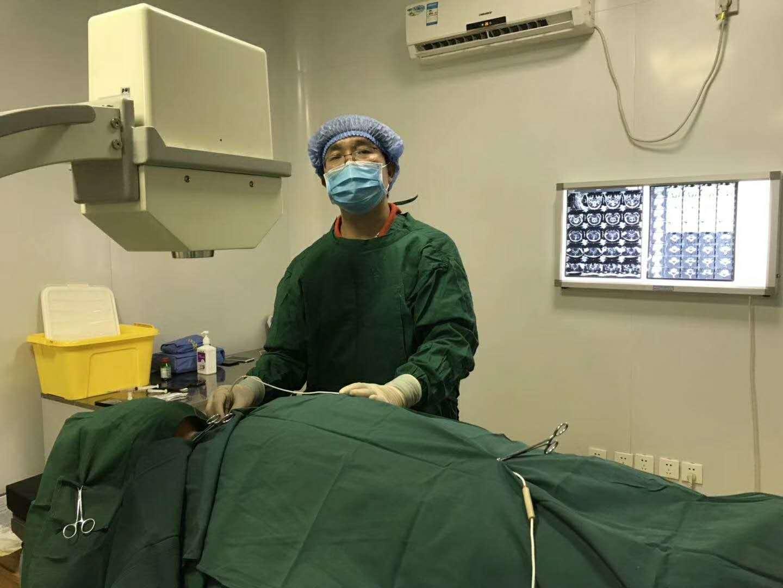 王学昌:关于<!--HAODF:8:jingzhuibing-->颈椎病<!--HAODF:/8:jingzhuibing-->的不同治疗方法分析及比治疗更重要的事
