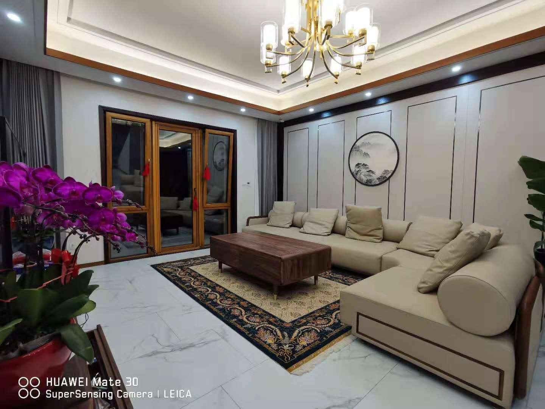 方寸之间的手工真丝地毯,可谓是家里一道不可忽视的靓丽风景