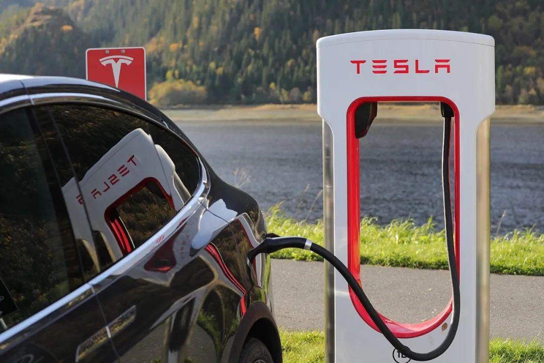 电动汽车充电的未来技术方向是双向,但问题要比答案多