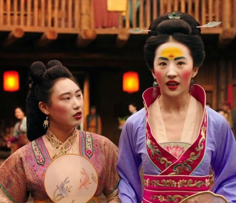 """看完刘亦菲的""""鹅黄妆""""来洗洗眼,中国的""""花钿妆""""明明可以很美"""