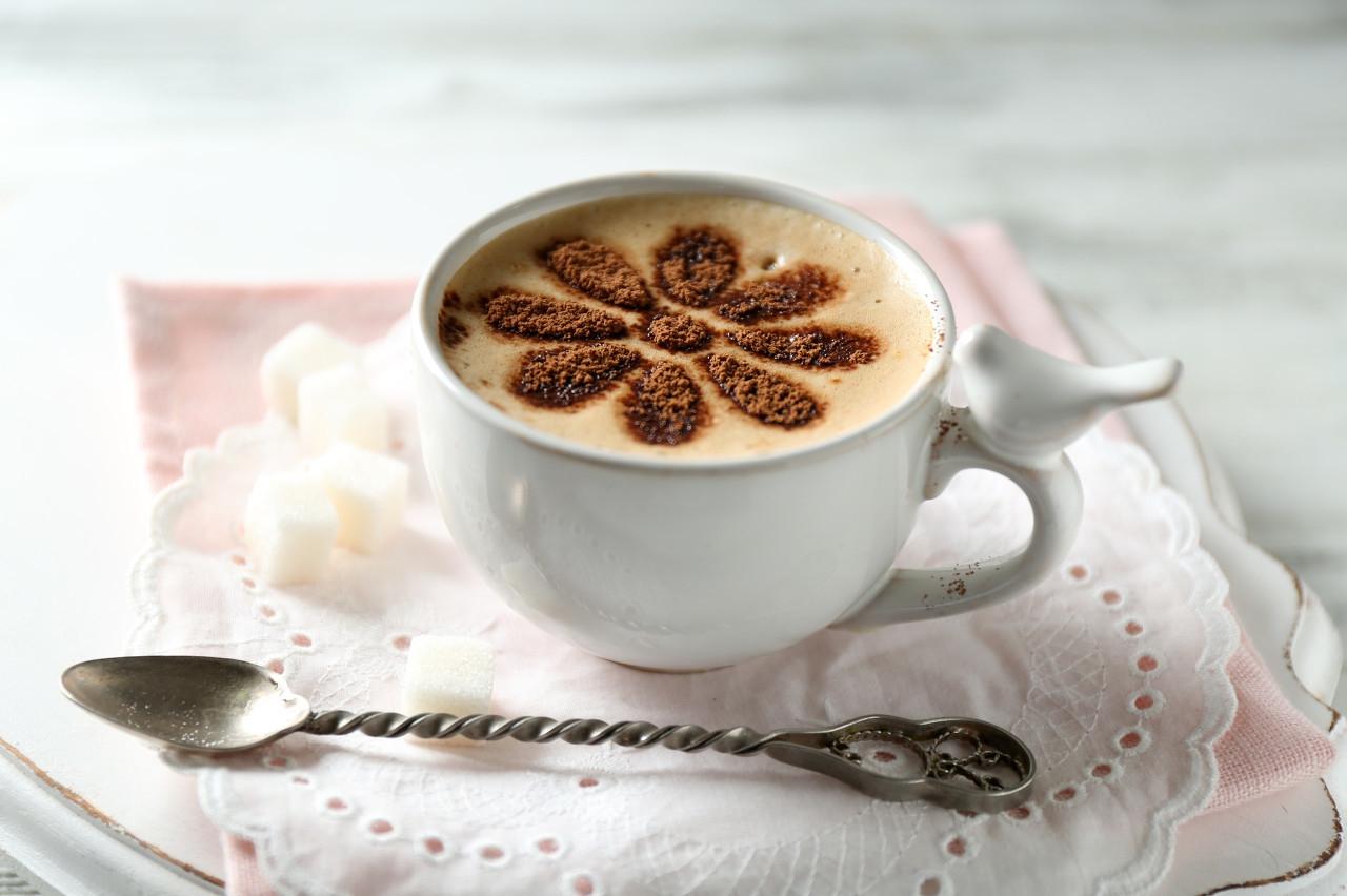 喝咖啡可以促进新陈代谢?这5个好处你都知道吗?同时需警惕这3个副作用