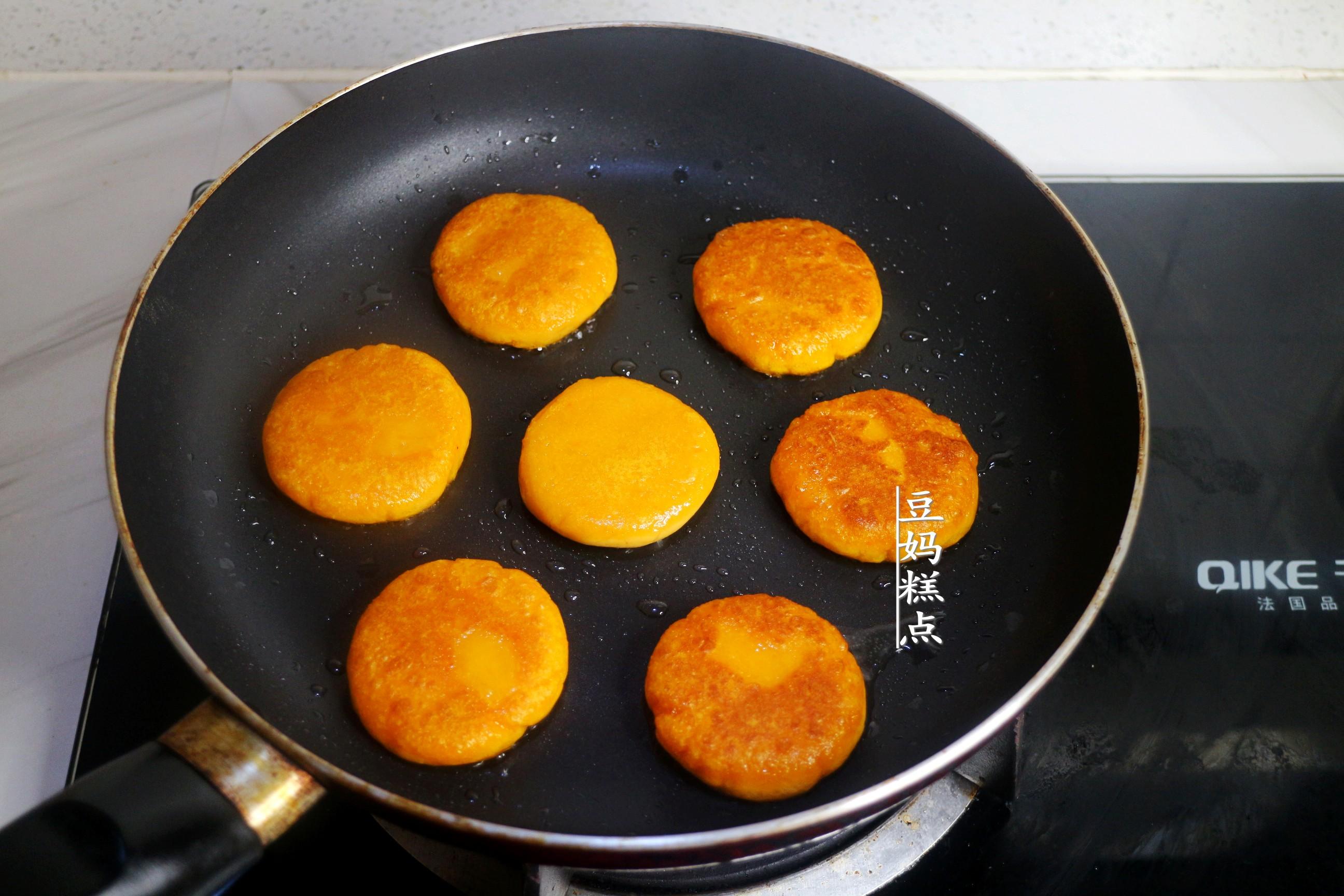 零失敗的,紅薯餅做法,軟糯香甜不發膩,太好吃了