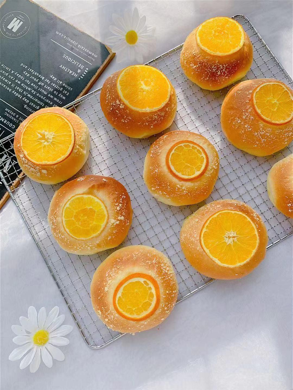 这水果维C丰富,用来做面包果香四溢营养美味 水果做面包 第9张
