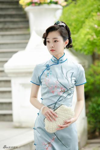 旗袍的样式和分类之——盘扣和滚边竟然也有这么多讲究