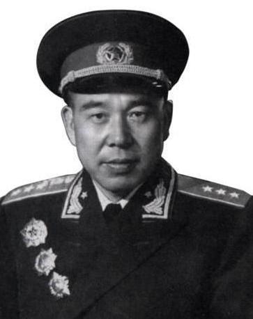 开国上将黄永胜,晚年误入歧途,但信仰仍坚定,始终敬重主席