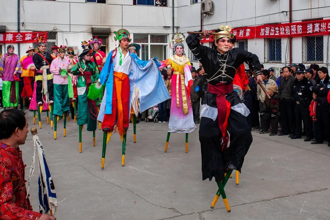 津门网王永和:上辛堡高跷会――三百余年传承的民俗花会硕果