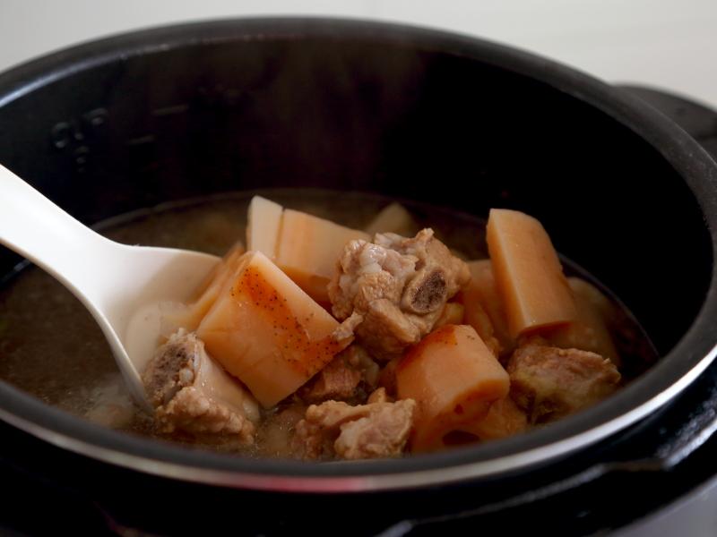炖藕怎样炖得又粉又烂?牢记3点,汤鲜藕糯肉烂,方法简单很实用 美食做法 第7张