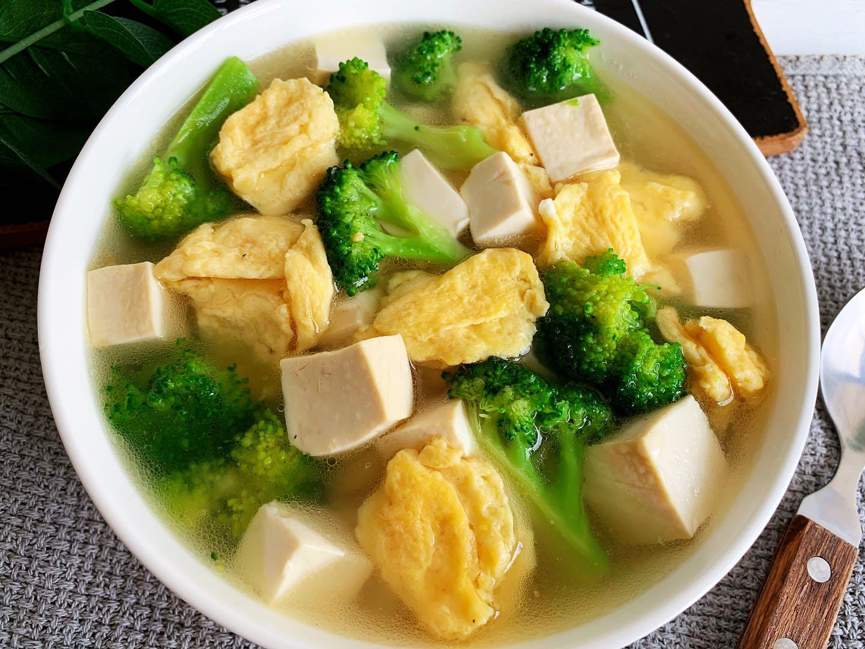 西兰花豆腐鸡蛋汤做法步骤图 营养高又好喝尤其孩子要多喝