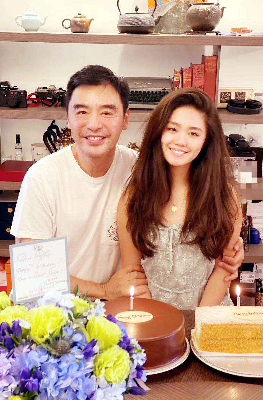 钟镇涛拒绝复婚:57岁再做父亲,我是4个儿女的幸福爸爸
