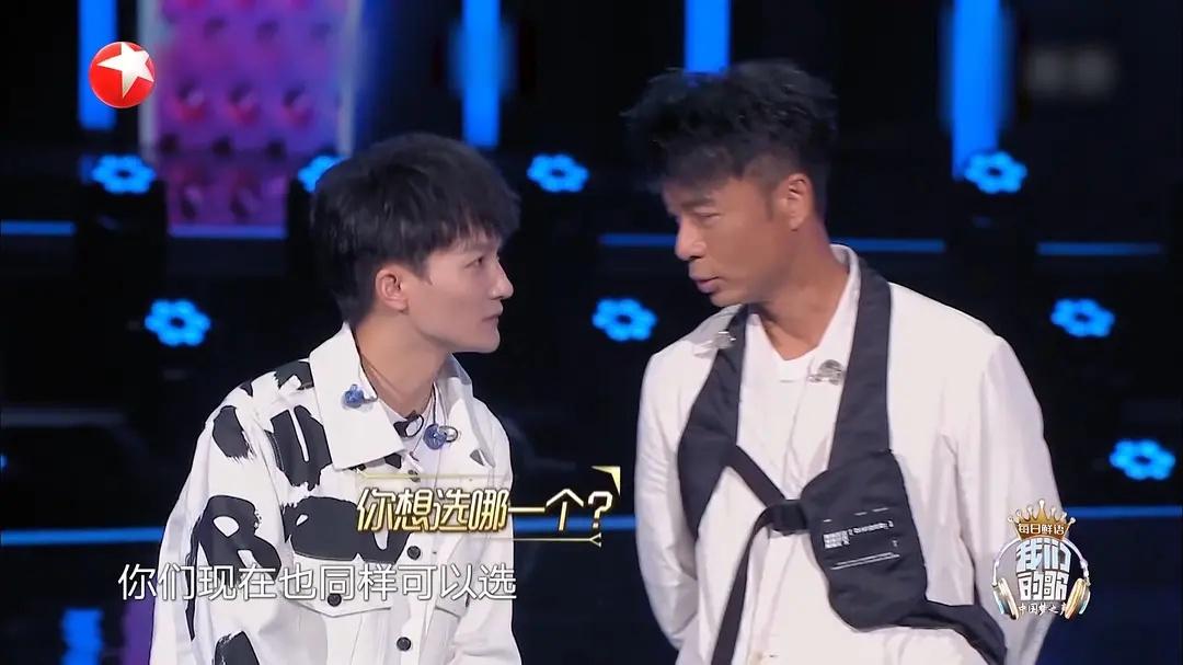 """连上16档综艺,""""综艺咖""""周深的背后是选秀歌手的生存之道"""