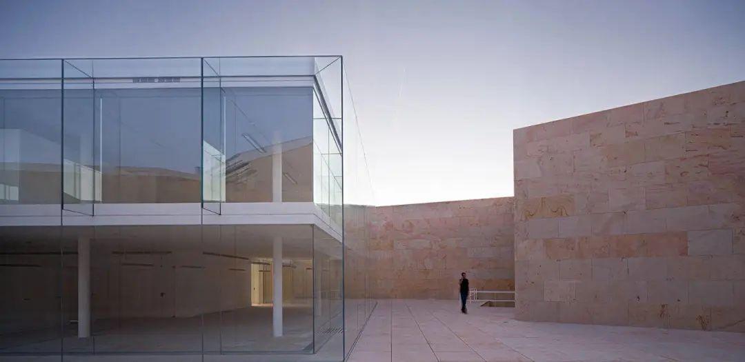 西班牙建筑:深厚的底蕴和独特的文化语言