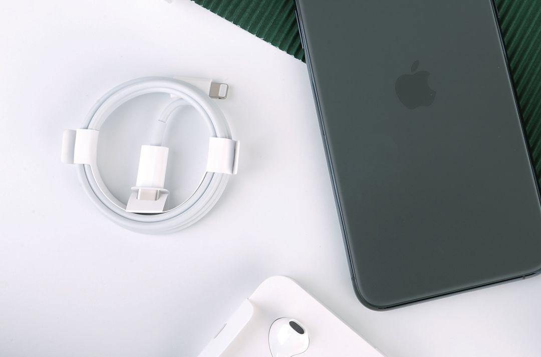 凭什么称Pro?Apple iPhone 11 Pro Max