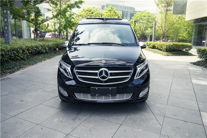 """内饰寓意""""财运亨通""""——奔驰V260L爱马仕班泽乐富贵来袭"""
