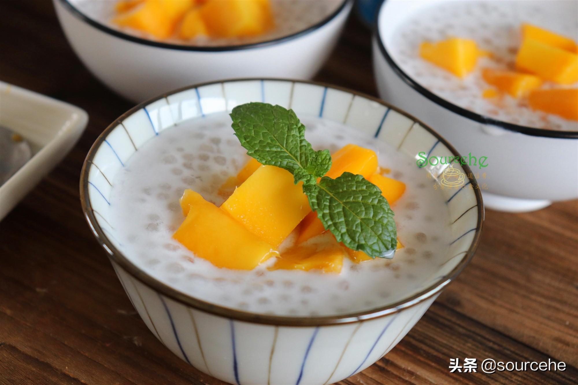 西米露只需5分鐘,晶瑩剔透,搭配芒果椰漿,香甜冰爽,很好吃