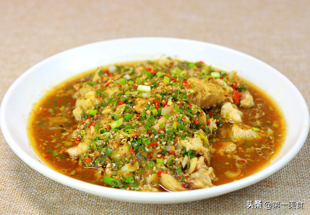 【香麻鸡】做法步骤图 调制料汁是关键 厨师长分享秘制配方