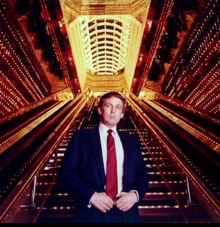 """靠卖死马肉发家,凭""""钻空子""""致富,特朗普家族的财富之路"""