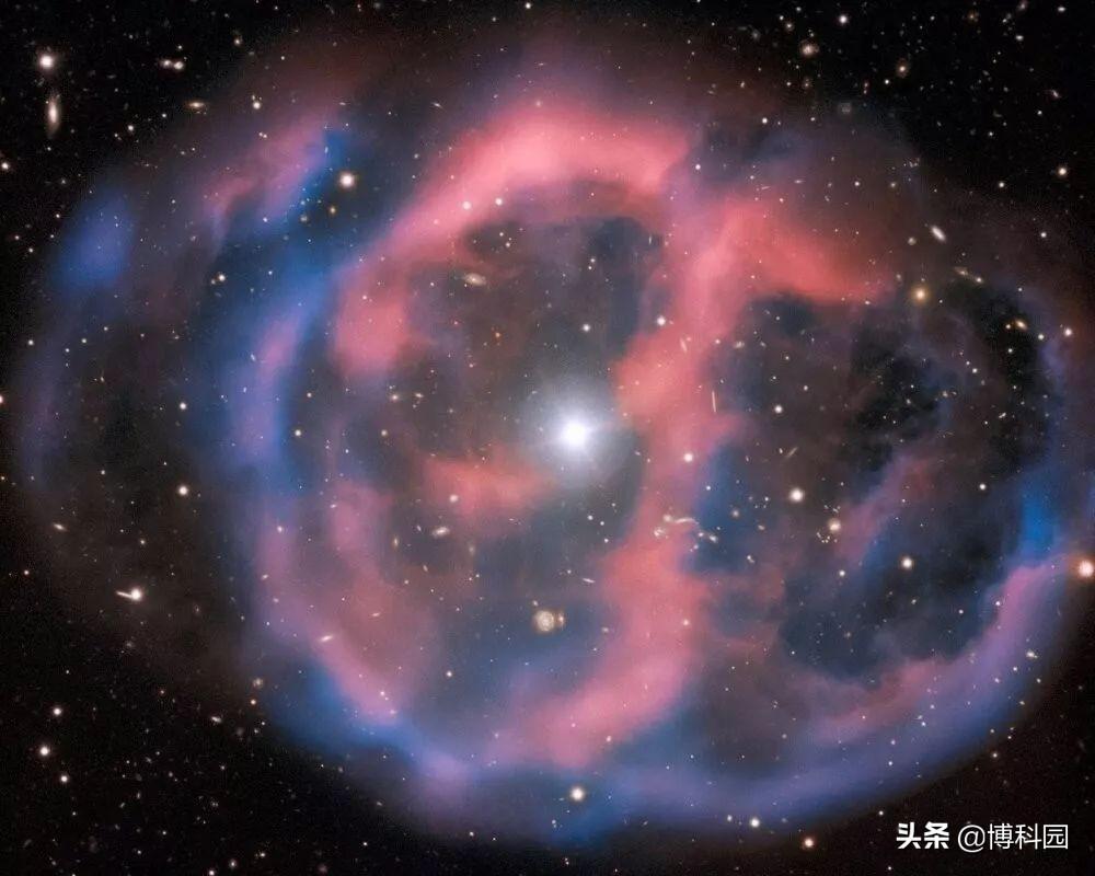 比太阳温度还高4.4万度,天文学家发现一种新型脉动恒星