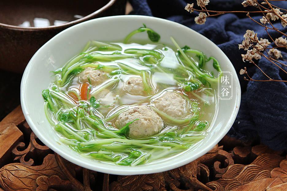 天越熱,這湯越要多喝,做法簡單,清香爽口不油膩,皮膚白嫩水靈