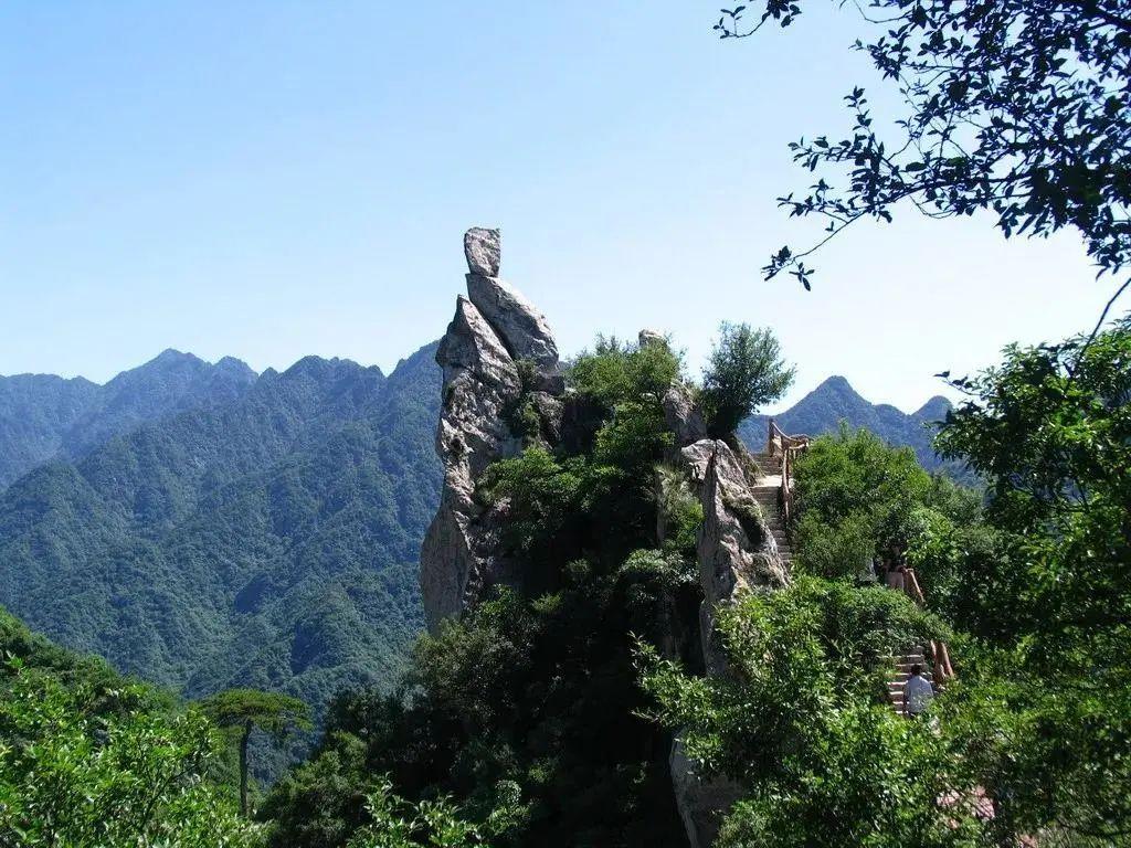 """天坑、溶洞、丹霞、瀑布......陕西居然有这么多""""鬼斧神工""""之地"""