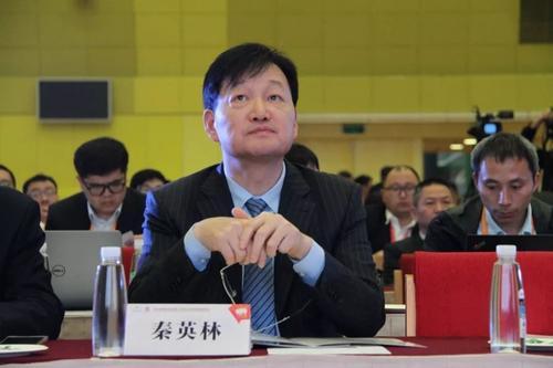 三位农村亿万富翁,刘的曾轶群,,有着几乎相同的人生轨迹