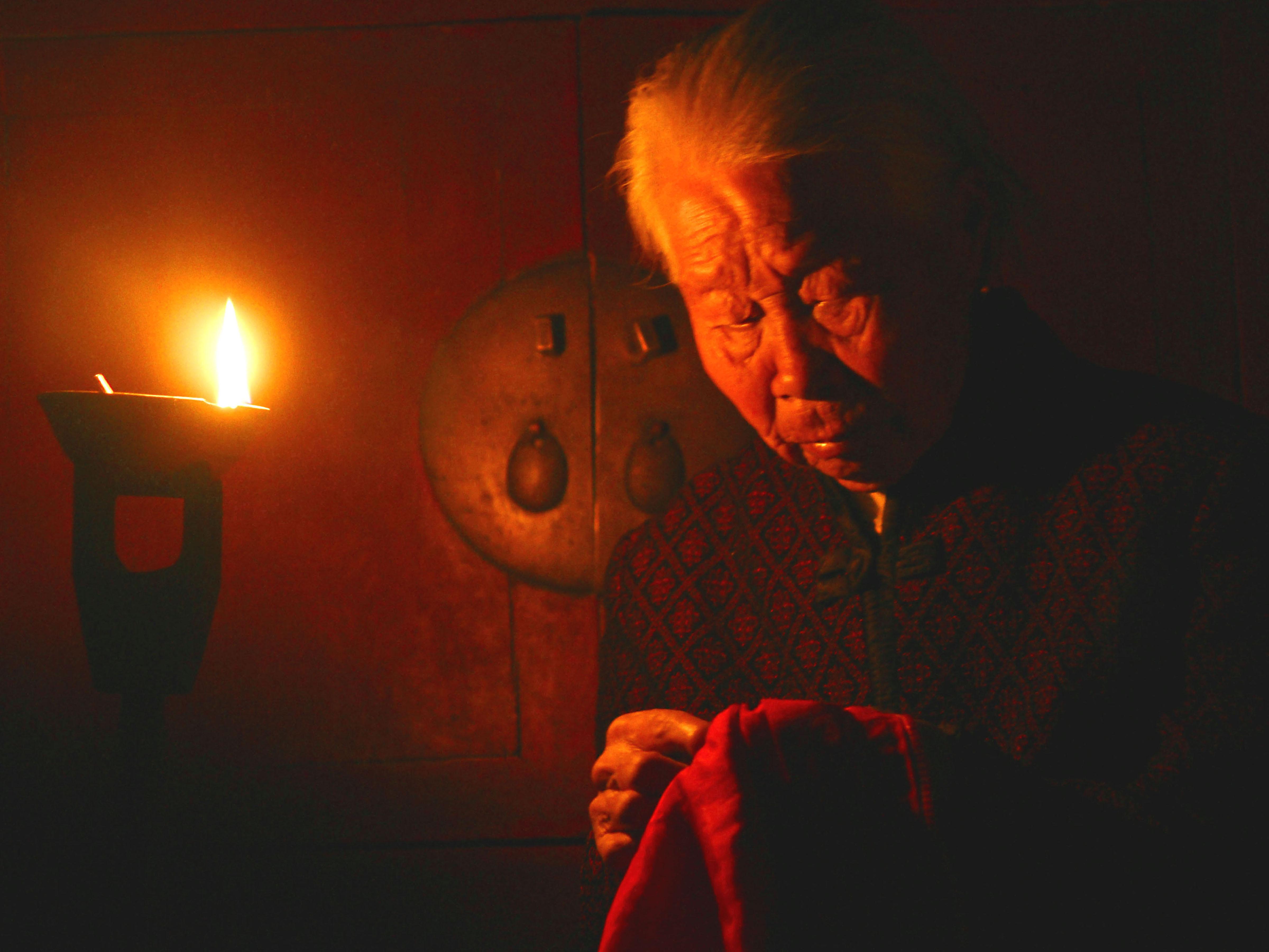 灯文化:本意举火驱鬼,寓意丰富,照明了整个人类历史进程的长夜