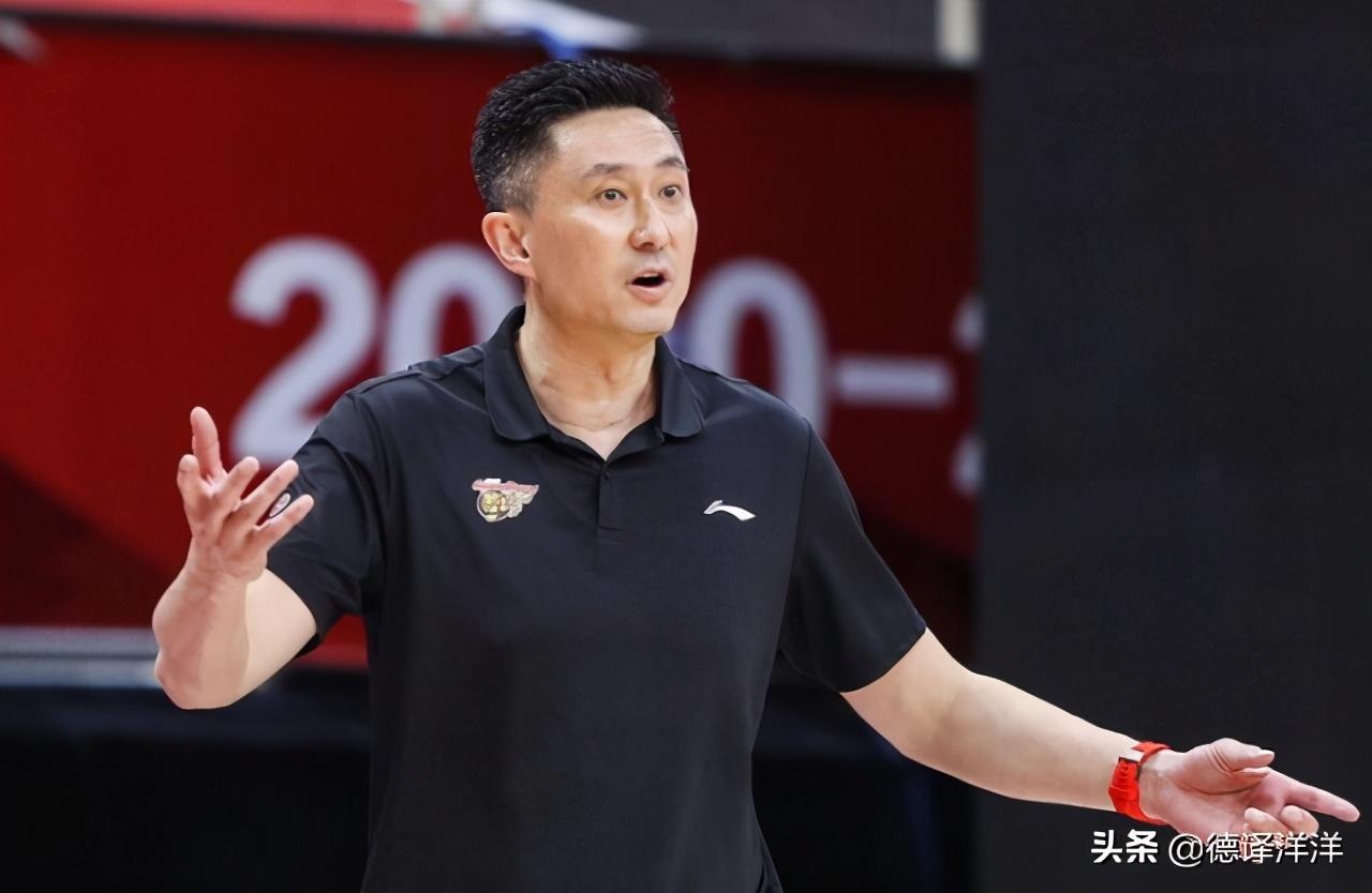 大声批评吓坏对手!四川小将被杜锋惊到:原来广东教练这么凶