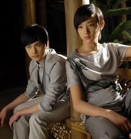 少年于小彤演完《红楼梦》比成年杨洋还高,荣梓杉身高超过张颂文