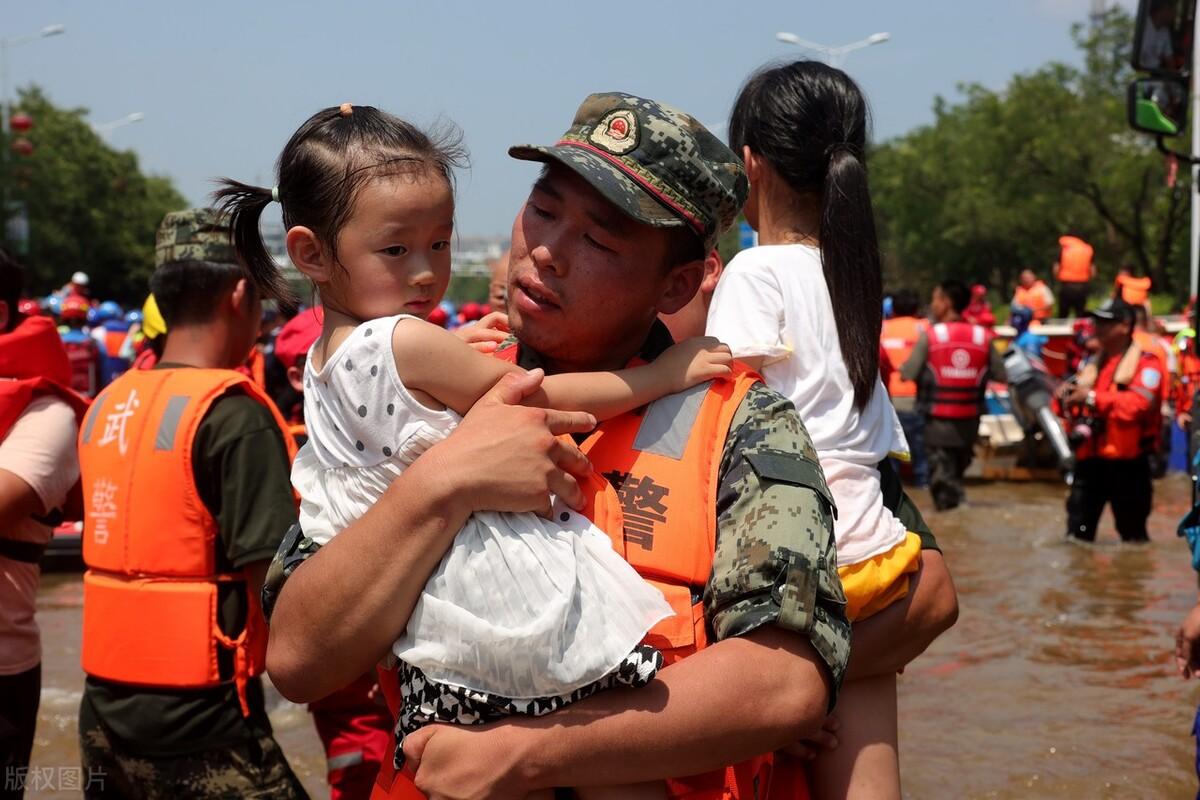 澳门市民:河南暴雨水灾展现出的中国精神,这就是令众多西方国家至今无法探究明白、百思不得其解的中国力量