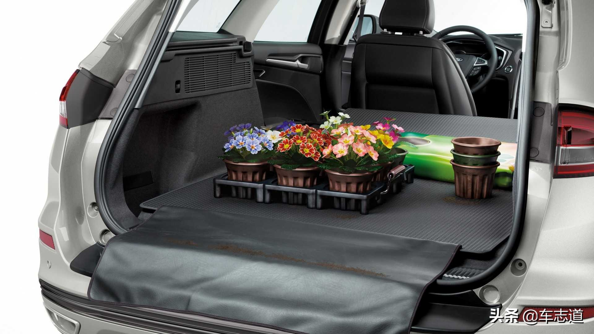 福特公布下一代蒙迪欧渲染图 其中包含旅行车版本