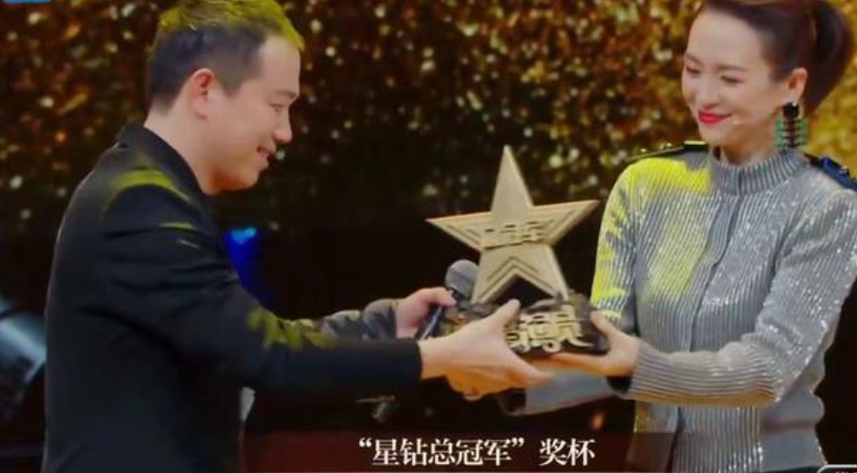 潘斌龙收获《我就是演员》总冠军,从喜剧人到演员,实力折服观众