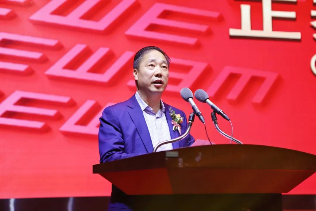 吴炳池书记为温州医科大学眼视光学院学子颁发奖学金