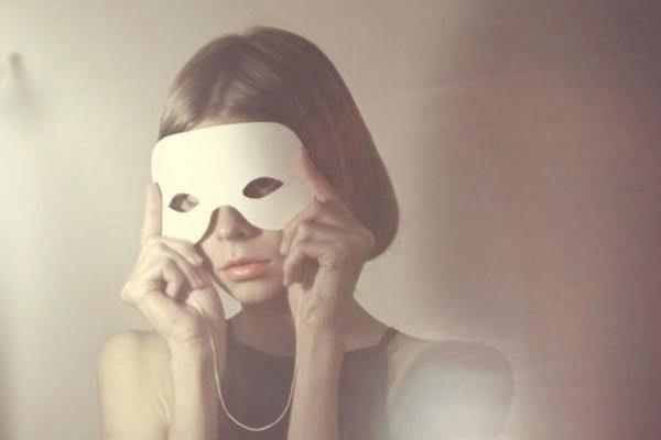 """心理学:独居女性当心,过度依赖这样东西,你将会失去""""社会性"""" 心理调节 第1张"""