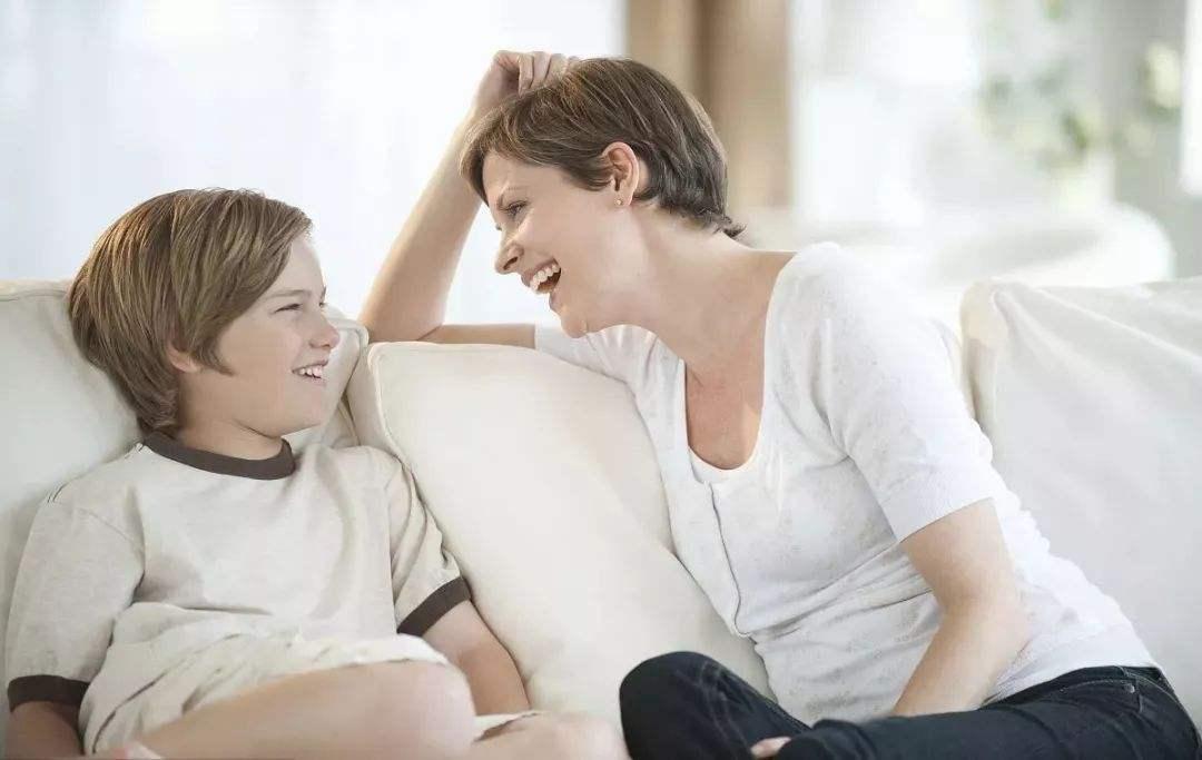 """经常给孩子说这些""""口头禅"""",孩子会变得更加优秀、自信"""