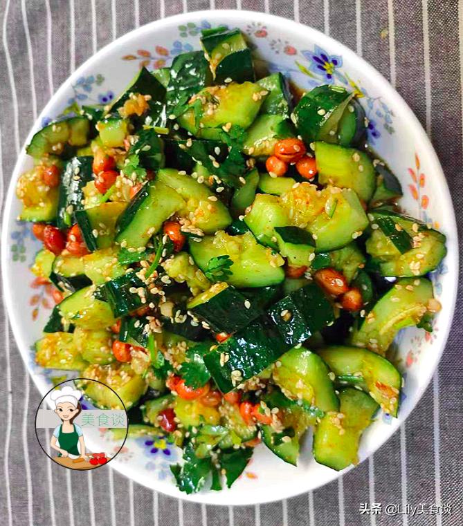 夏天做拍黄瓜,切好别直接拌!多做一步骤,黄瓜爽脆又入味,收藏 美食做法 第2张