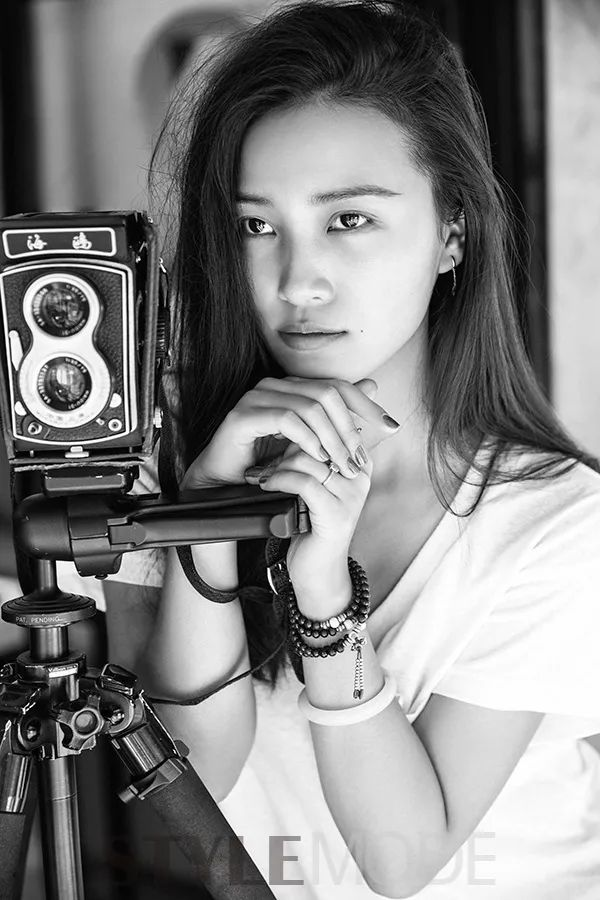 中国最性感摄影师,北京五环外造房,来的明星都赞:太出世了