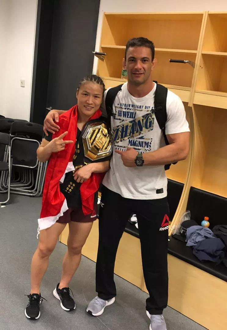 张伟丽外教:罗斯是技术最好的UFC拳手,但张伟丽绝对力量无敌