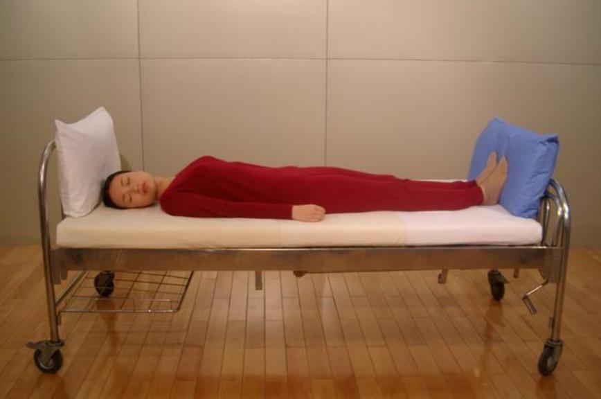 """为什么剖腹产后不能用枕头?产妇""""去枕平卧""""原因在这,别不在意"""