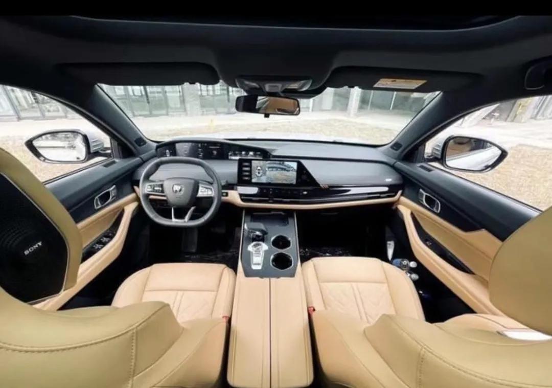 15万元级SUV的首选之车——试驾长安UNI-K