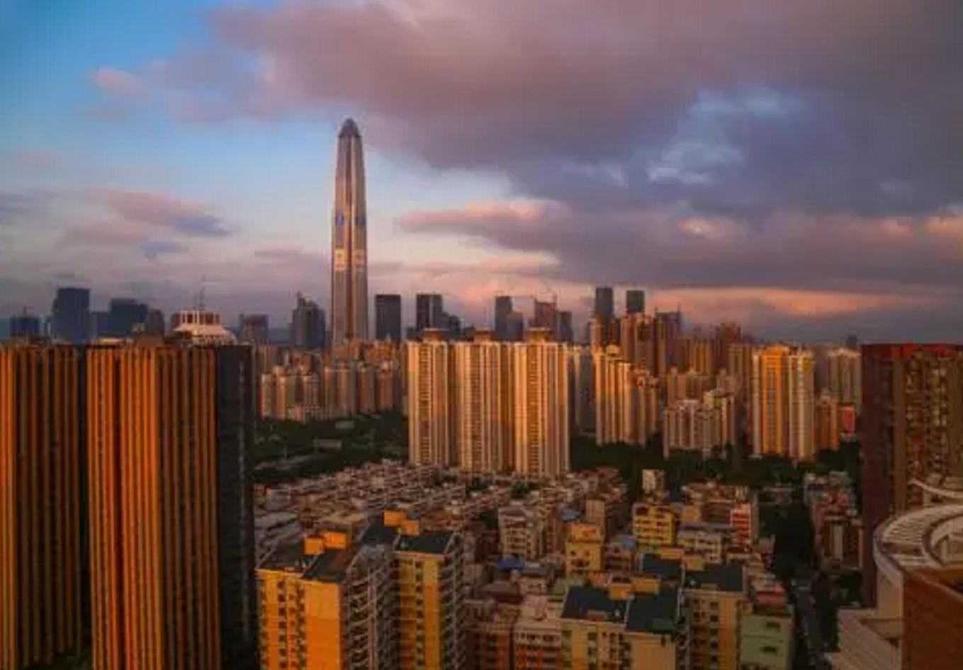 深圳一租户儿子高考608分,房东霸气免去4年租金,共计14万多,网友:中国好房东