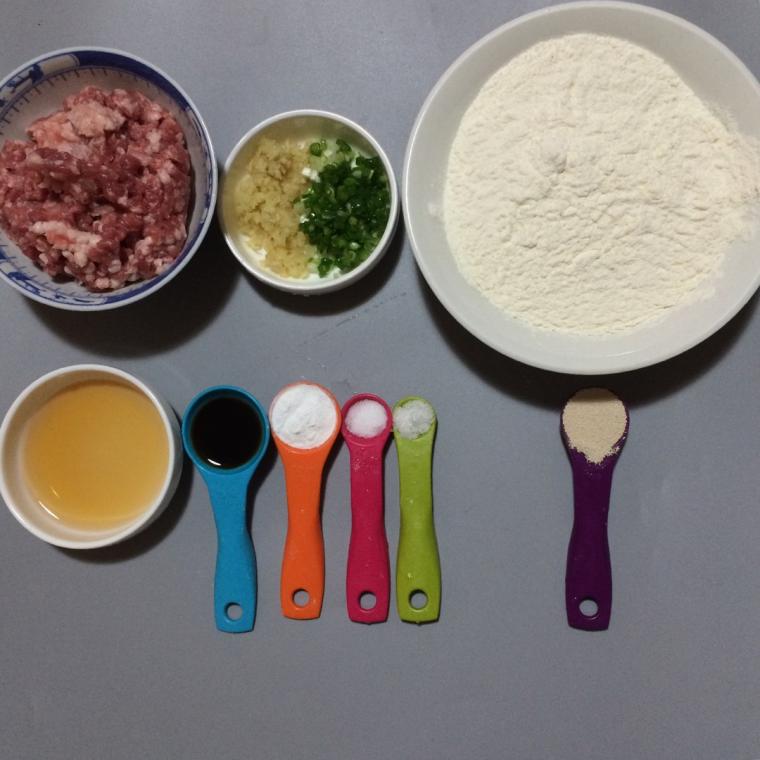 「鲜肉包」的做法+配方,简单易学,好吃到停不下来 美食做法 第2张
