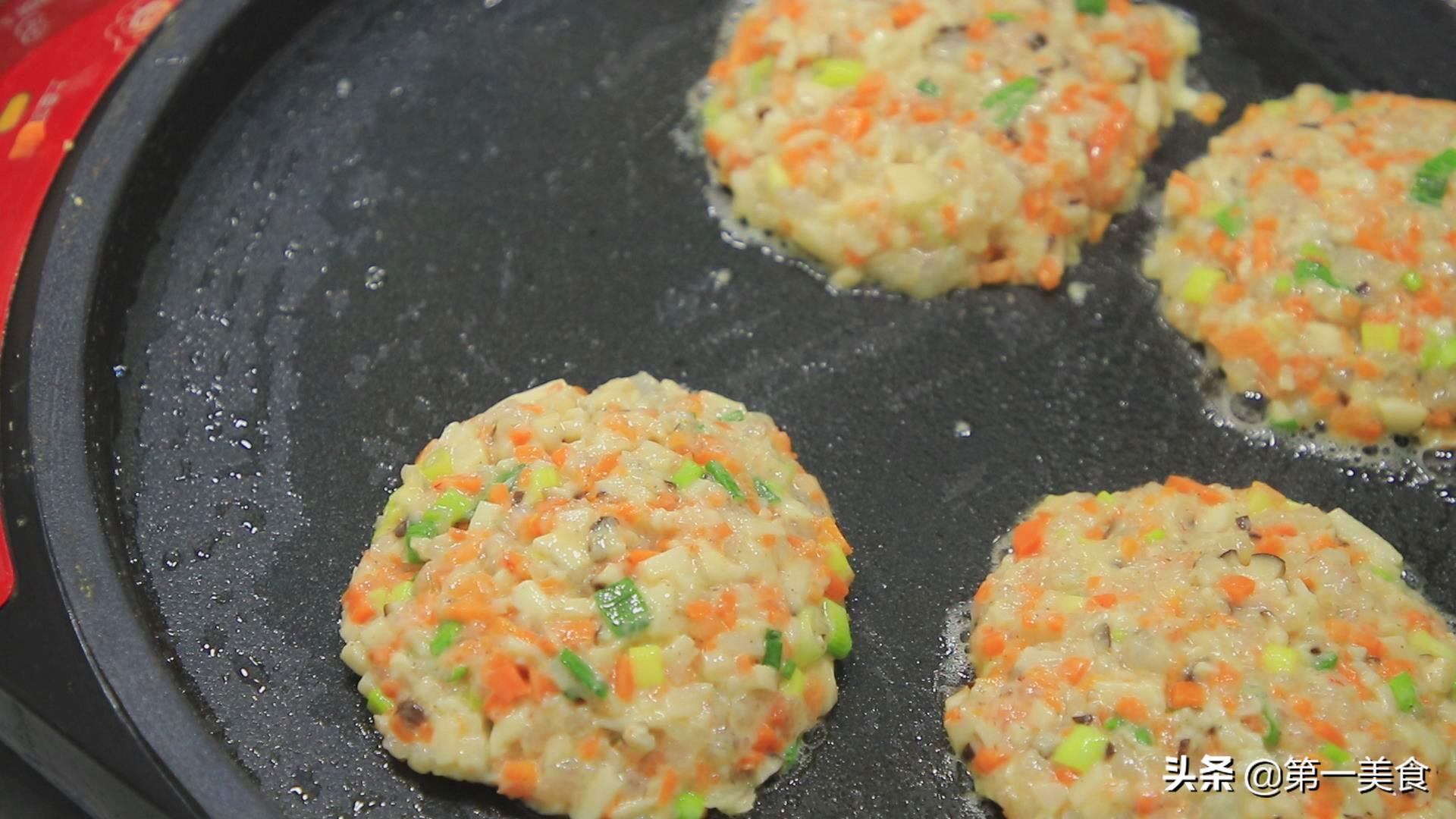 """厨师长分享""""香酥煎饼""""的做法,食材丰富有营养,做法简单 美食做法 第14张"""