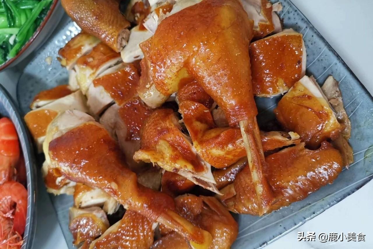 """廣東最知名的""""5道雞"""",白切雞宴席必備,鹽焗雞客家名菜,美味"""