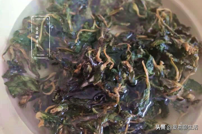 这食材在农村不起眼,城里却卖25一斤,锅中一炒清香脆嫩太美味 美食做法 第5张