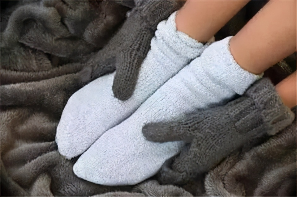 手脚经常冰凉,根源在这里,需要这么做
