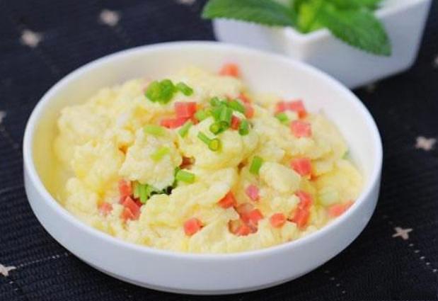 水炒蛋,大家吃过吗?鲁菜中的经典菜,用清水炒蛋,鲜香又滑嫩 美食做法 第6张