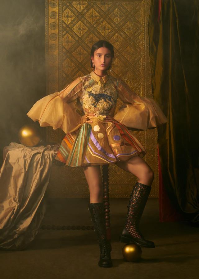 DIOR拍出极梦幻塔罗时装 塔罗牌女祭司、恶魔服装仙气爆棚  第9张