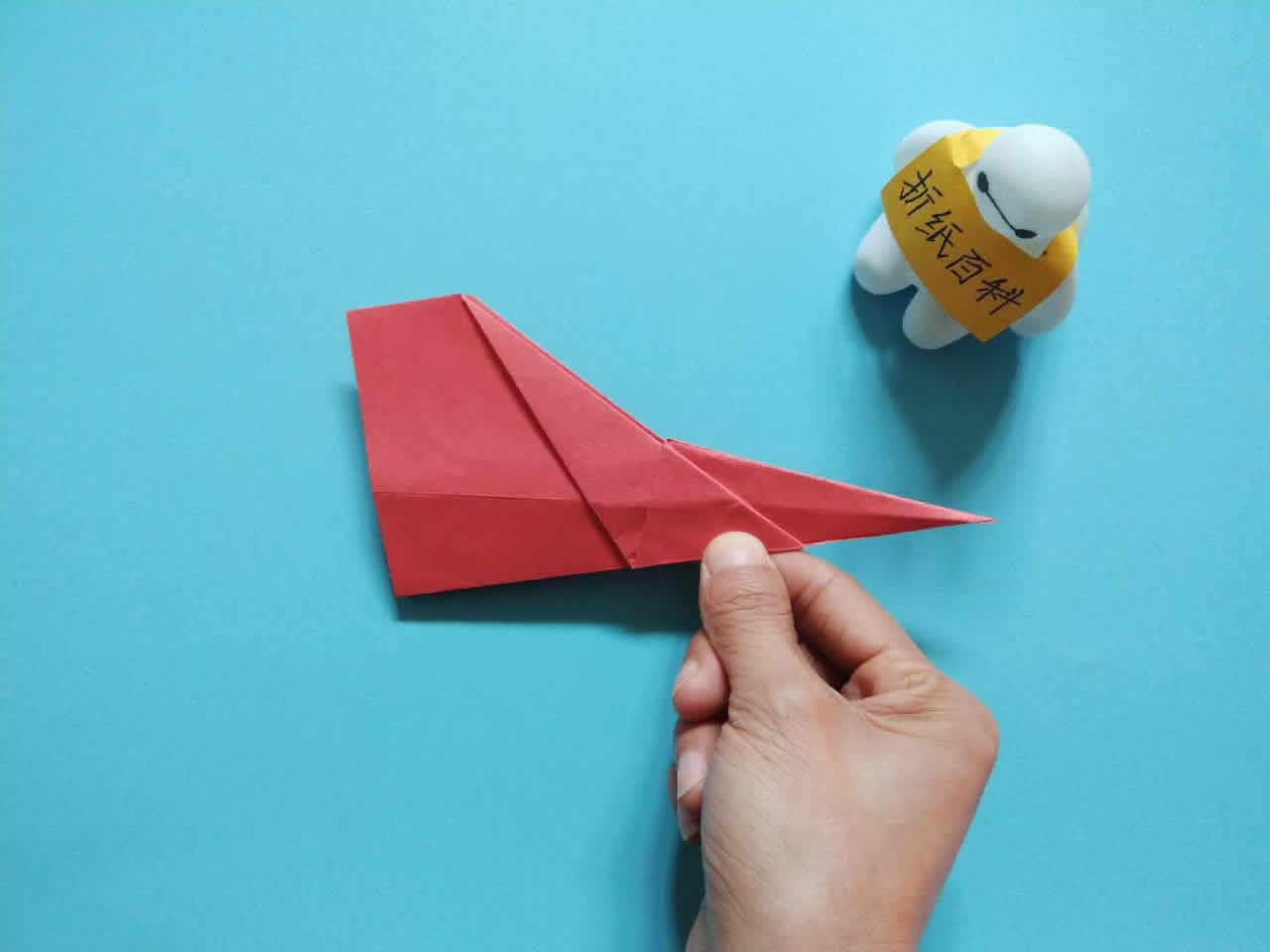 能飞得很远的折纸飞机,简单几步就做好,手工DIY折纸图解教程 家务妙招 第7张